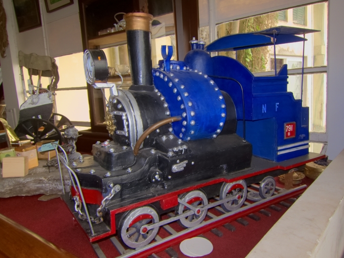 Model of DHR locomotive at the Cochrane Place Hotel, on the way from Kurseong Train Station to the Makaibari Tea Estate.
